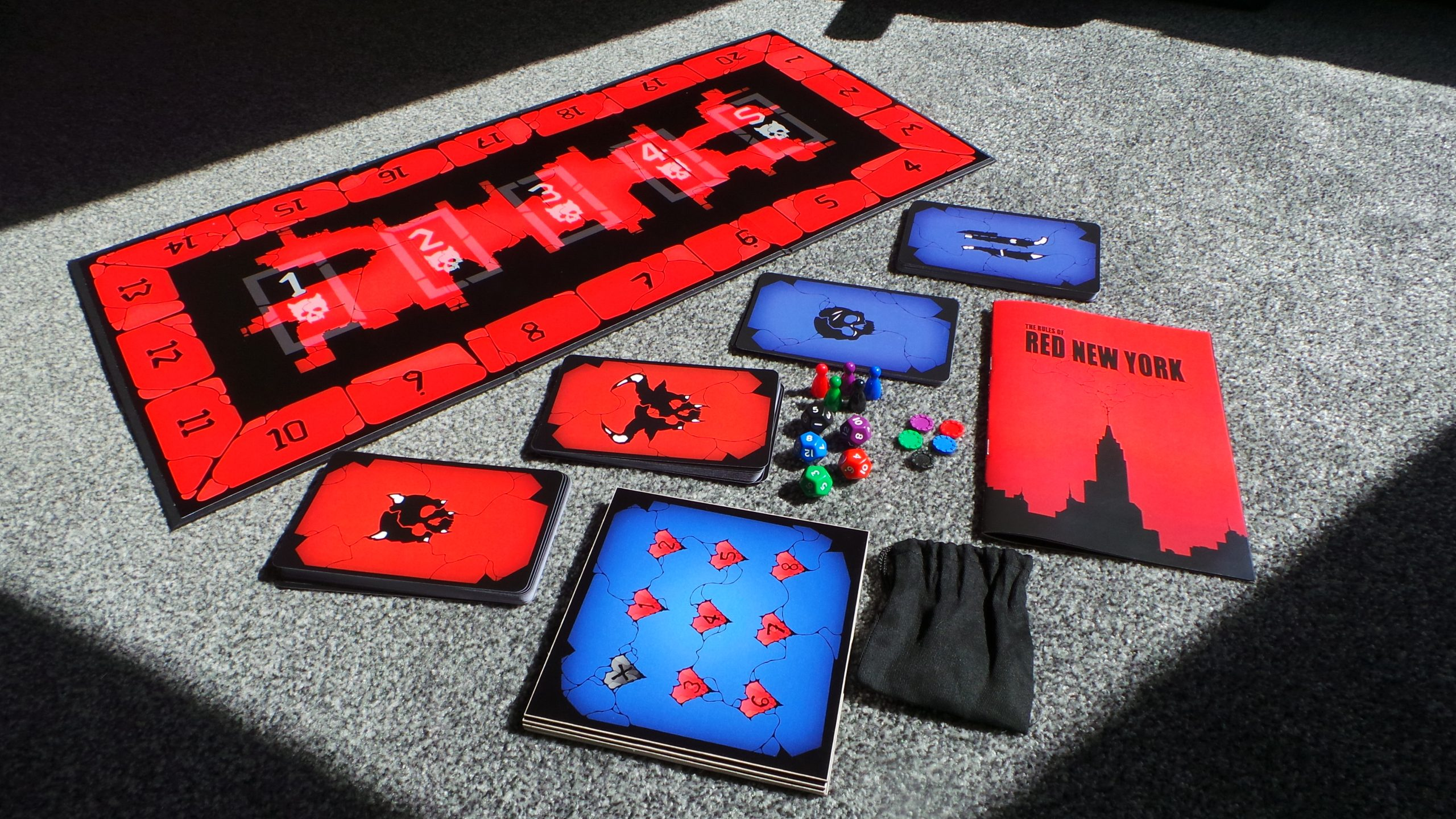 Red New York: Board Game Image